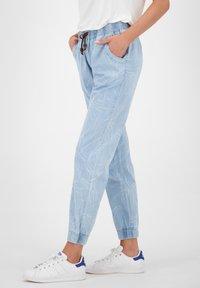 alife & kickin - ALICIAAK  - Relaxed fit jeans - light denim - 3
