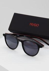 HUGO - Sunglasses - black - 2