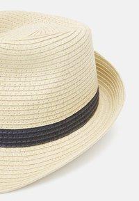 Lindex - HAT PANAMA STRIPES UNISEX - Hat - light beige - 3