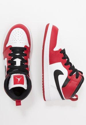 Zapatillas de baloncesto - white/gym red/black