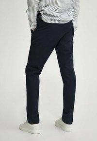 Massimo Dutti - Trousers - blue-black denim - 2