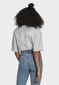 adidas Originals - TEE - Basic T-shirt - light grey heather - 2