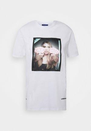 LOVE HATE TEE - Print T-shirt - white