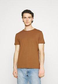 Burton Menswear London - 5 PACK - T-shirt - bas - khaki - 7