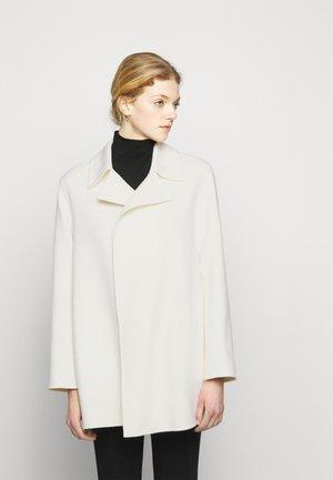 OVERLAY NEW DIVID - Klasický kabát - ivory