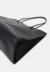 Gina Tricot - TAMILA - Shopping bag - black - 3