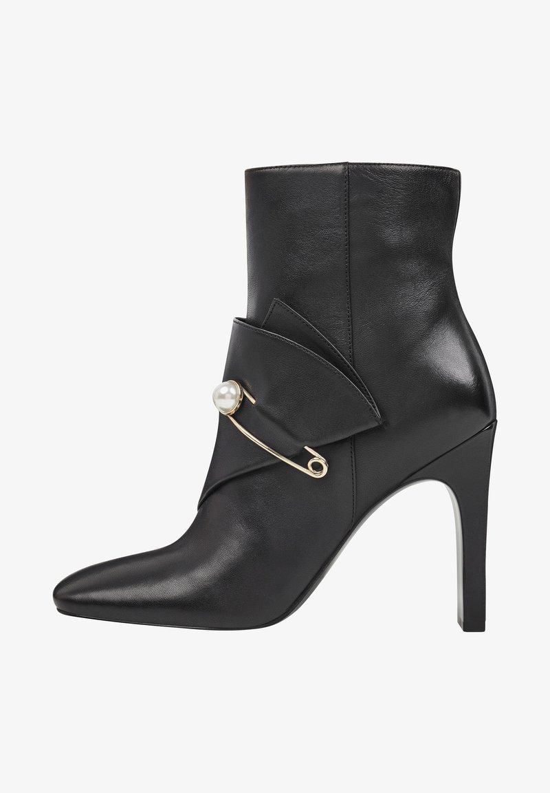 Nine West - High heeled ankle boots - black