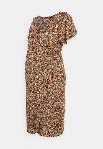 FLOWER - Denní šaty - coral gold