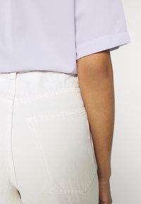 Gina Tricot - IDUN CROP WIDE - Široké džíny - antique white - 5