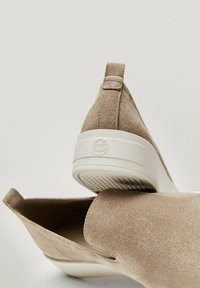 Massimo Dutti - Półbuty wsuwane - beige - 5