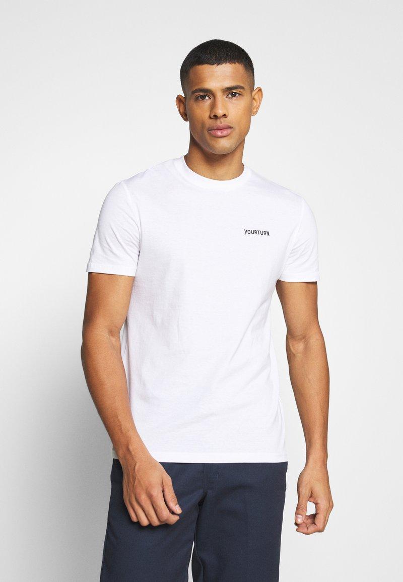 YOURTURN - UNISEX - T-shirt - bas - white