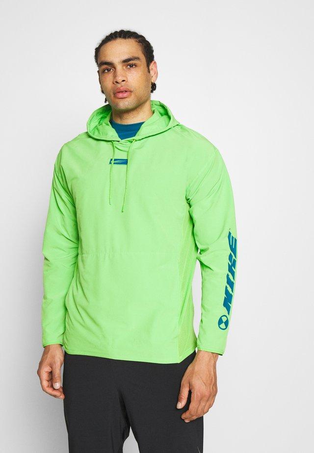 Koszulka sportowa - mean green
