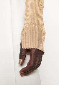 Libertine-Libertine - TONE - Long sleeved top - camel - 4