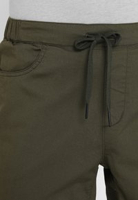 Black Diamond - NOTION - Träningsshorts - sergeant - 3