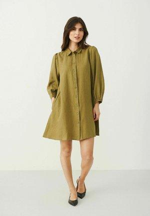 ELAINAPW DR - Robe chemise - olive drab
