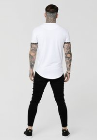 SIKSILK - SCOPE CARTEL GYM TEE - Printtipaita - white/gold - 2