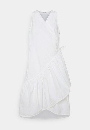 BLAZE DRESS - Robe d'été - white