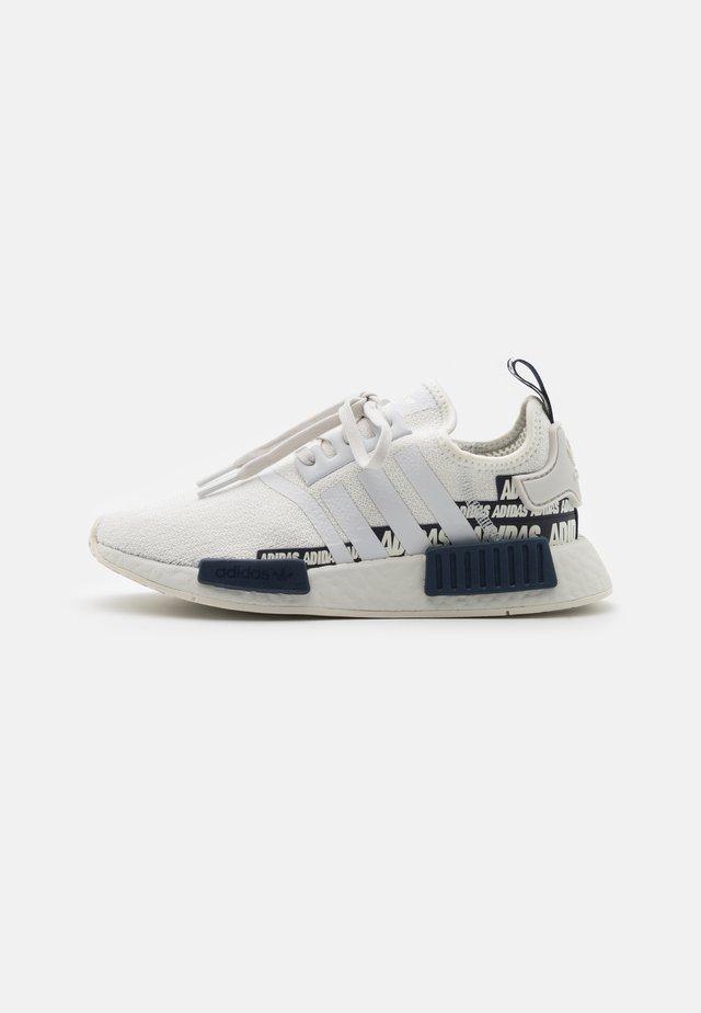 NMD_R1 UNISEX - Sneakers basse - crystal white/collegiate navy