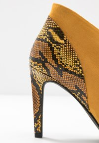 Marco Tozzi - High heeled ankle boots - saffron - 2