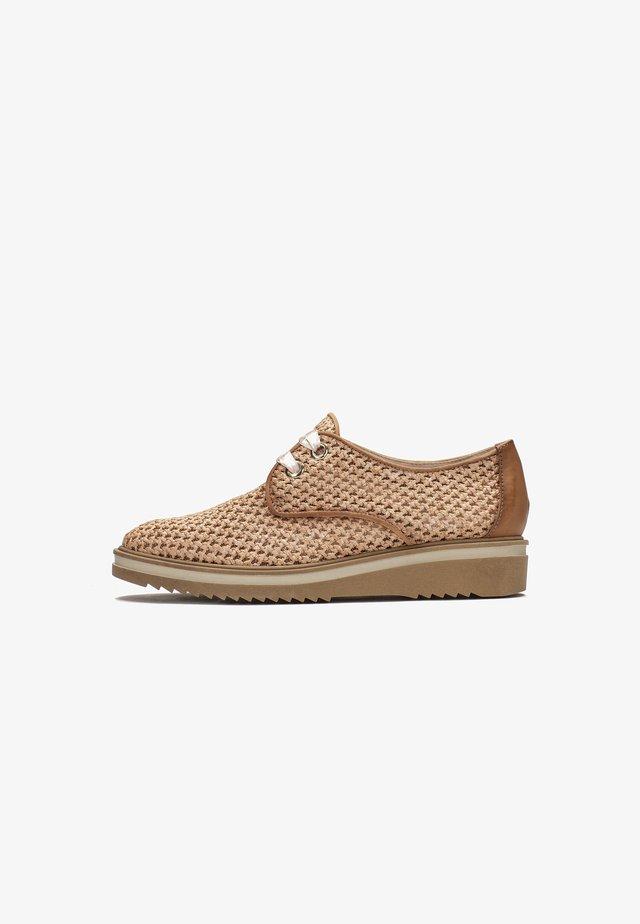 NICOLE  - Volnočasové šněrovací boty - camel