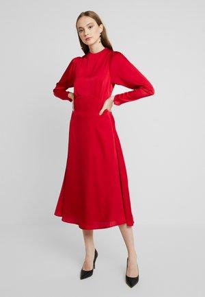 YASLULU DRESS - Vestido largo - chili pepper