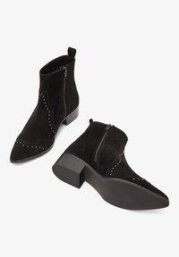 Bianco - BIADORA - Cowboy/biker ankle boot - black - 1
