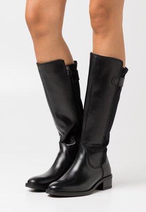 BOOTS - Botas - black