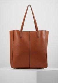 Steve Madden - BKIMMY SET - Tote bag - cognac - 2