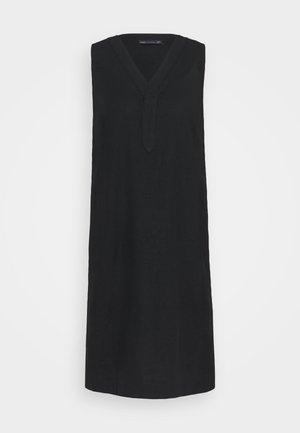 SHIFT DRESS - Jurk - black