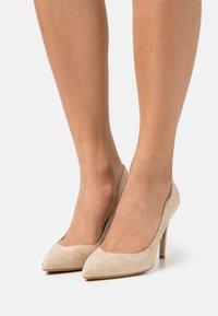 LIU JO - VICKIE  - Classic heels - camel - 0