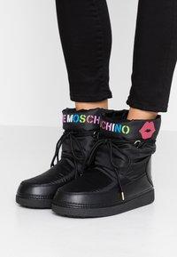 Love Moschino - KUSS - Winter boots - black - 0