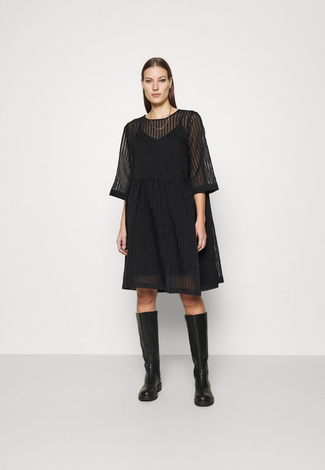 SOIL DRESS - Korte jurk - black