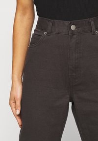 Dr.Denim Petite - NORA PETITE - Relaxed fit jeans - graphite - 4