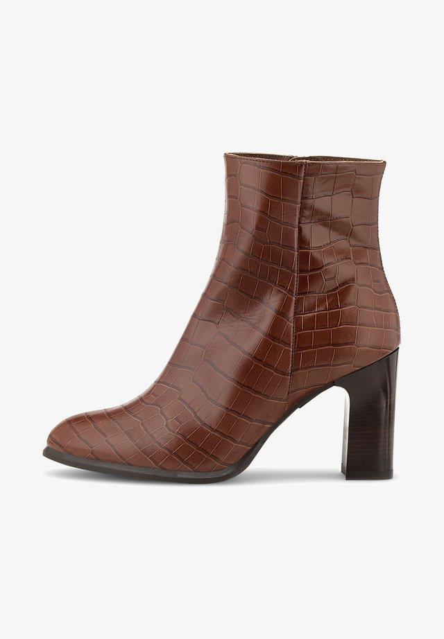 UGO - Classic ankle boots - mittelbraun
