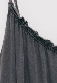 PULL&BEAR - Denní šaty - dark grey - 5