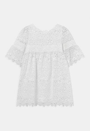 BIBERNELLE - Shirt dress - snow white