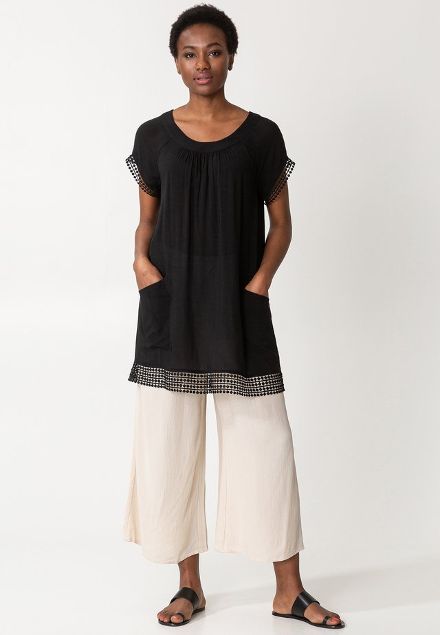 MARSHA - Tunic - black