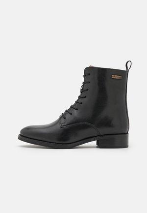 WINONA - Snørestøvletter - noir