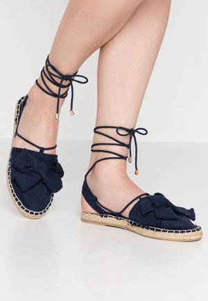 WIDE FITCORD TWO PART BOW - Espadrilky - navy
