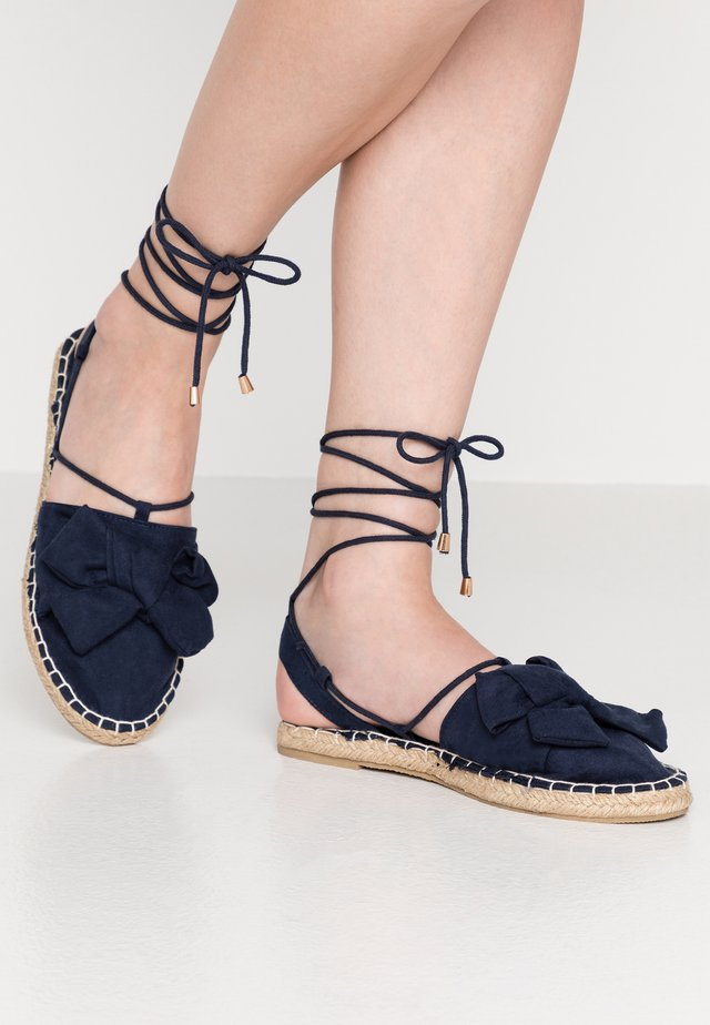 WIDE FITCORD TWO PART BOW - Espadrilles - navy