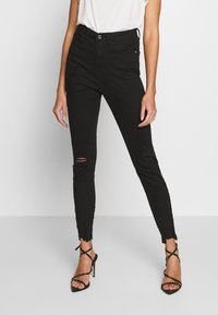 Missguided - SINNER HIGHWAISTED DESTROYED - Jeans Skinny Fit - black - 0