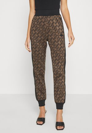 TROUSERS - Joggebukse - brown/black
