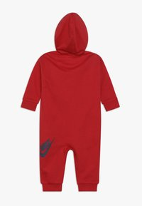 Nike Sportswear - ALL DAY PLAY COVERALL UNISEX - Jumpsuit - university red - 1