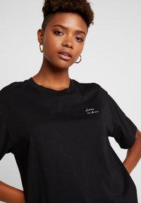 Monki - TOVI TEE - T-shirts print - black - 3
