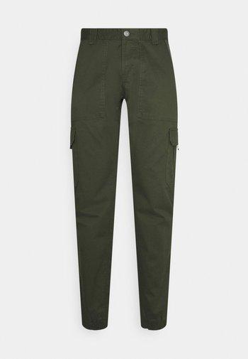 SCANTON  PANT - Cargo trousers - dark olive