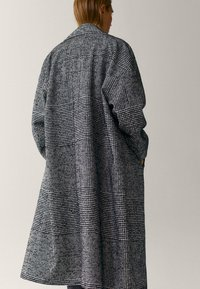 Massimo Dutti - Classic coat - black - 1
