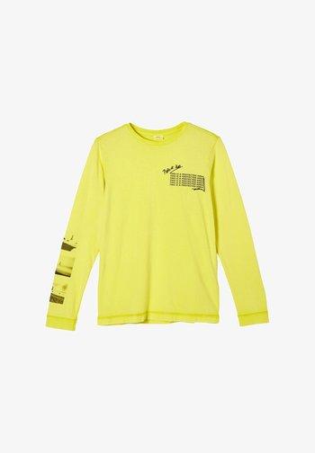 Long sleeved top - light yellow