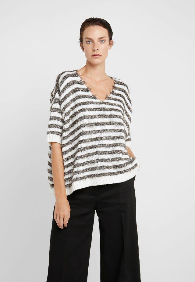 PIUMINO - Jumper - white pattern