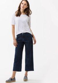 BRAX - STYLE MAINE - Flared Jeans - dark blue - 1
