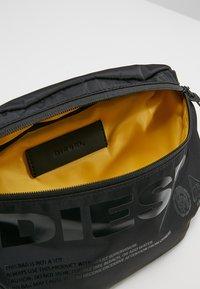 Diesel - SUSEGANA F-SUSE BELT - Bum bag - black - 4
